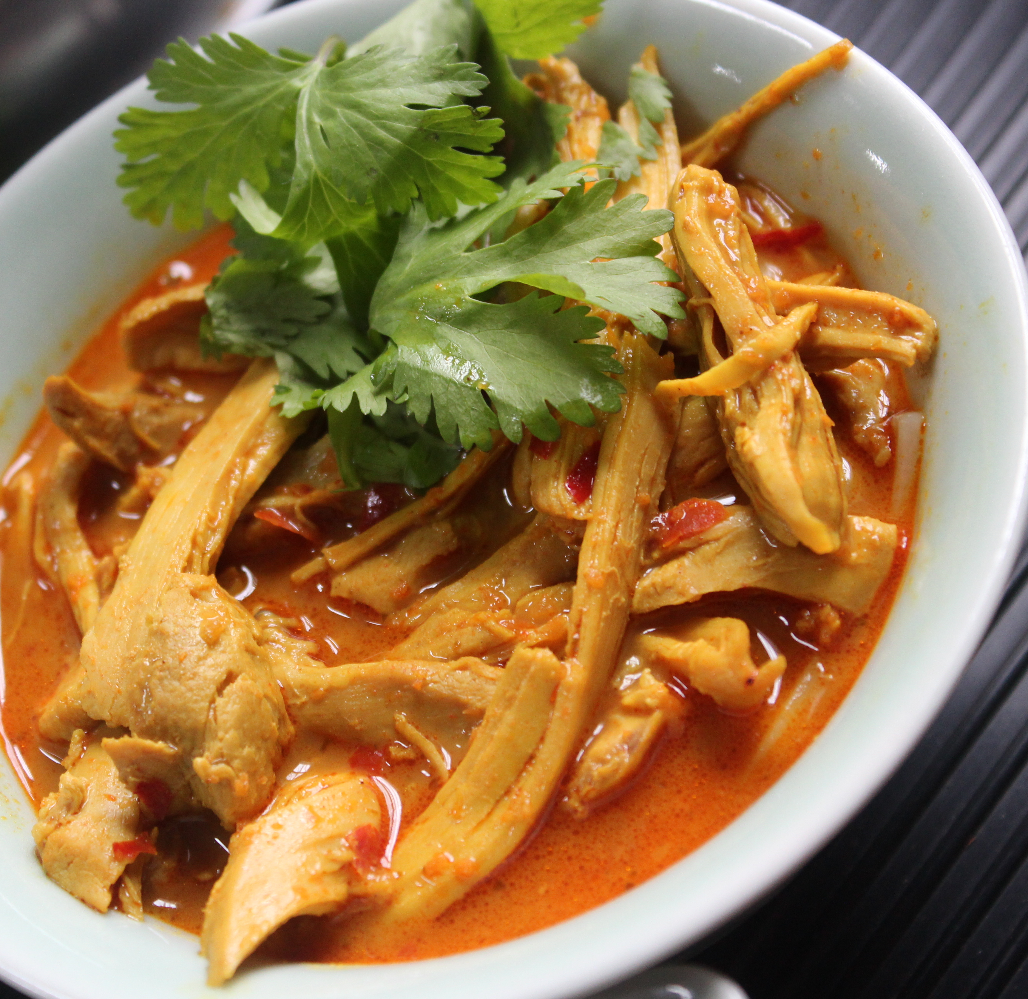 Thai Chicken Noodle Soup/ Chicken Khao Soi | Queen Jeanne ...
